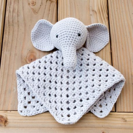 amigurumi l phant doudou enfant naissance kit crochet entrecrochet. Black Bedroom Furniture Sets. Home Design Ideas